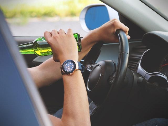 Cómo afecta realmente el alcohol en los sentidos de los conductores