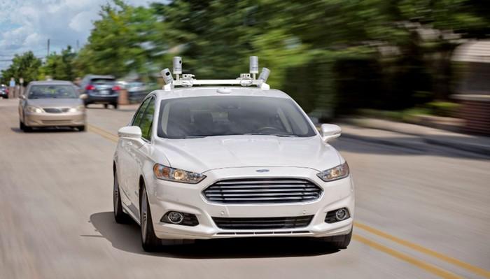 Casi de ciencia ficción: los vehículos autónomos son más seguros que los supervisados por manos humanas