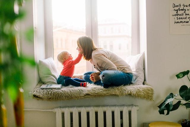 Elementos o dispositivos de seguridad para bebés y niño