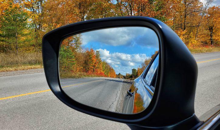 Precauciones al conducir: punto ciego al manejar